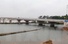 Chính thức thông xe kỹ thuật cầu Việt Trì-Ba Vì bắc qua sông Hồng
