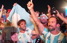 Argentina xác minh tính minh bạch nguồn thu của cổ động viên tới Nga