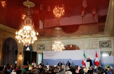 Tổng thống Iran và Thụy Sĩ cam kết ủng hộ thỏa thuận hạt nhân