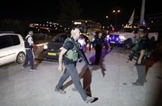 Israel tấn công một ngôi làng ở Bờ Tây sau vụ tấn công bằng dao