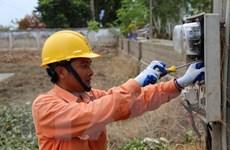 Hà Nội nỗ lực đảm bảo điện và vệ sinh môi trường cho dân vùng ngập