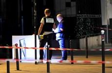Pháp: Hai khách du lịch Anh bị thương trọng vụ tấn công bằng dao
