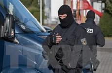 Cảnh sát Đức bắt 8 thành viên nhóm vũ trang tấn công người nước ngoài
