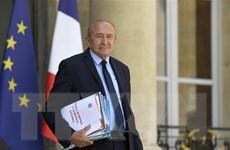 Tổng thống Pháp chấp nhận đơn từ chức của Bộ trưởng Nội vụ