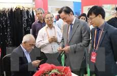 Doanh nghiệp Việt Nam tham gia Hội chợ Quốc tế Lụa Ấn Độ lần thứ sáu