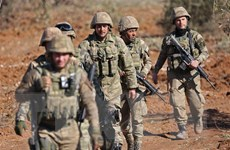 Lực lượng Thổ Nhĩ Kỳ tấn công lực lượng người Kurd tại Syria