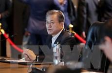 Tỷ lệ ủng hộ Tổng thống Hàn Quốc Moon Jae-in giảm 7 tuần liên tiếp