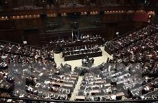 Thượng viện Italy thông qua dự luật ngân sách 2019 sửa đổi