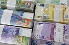 Lãnh đạo Liên minh châu Âu ca ngợi vị thế đồng euro