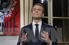 """Nhóm người """"Áo vàng"""" tấn công văn phòng phát ngôn viên chính phủ Pháp"""