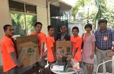 Đại sứ quán Việt tại Thái Lan chúc tết trung tâm tạm giữ người nhập cư