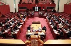 Australia thông qua dự luật chăm sóc y tế cho người tị nạn