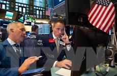 """Phố Wall đi lên, thị trường chứng khoán châu Âu """"rung lắc"""""""