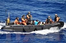 EU đình chỉ hoạt động giải cứu người tị nạn của hải quân