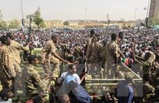 Sudan: Lãnh đạo nhóm biểu tình phản đối tuyên bố của quân đội