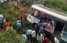 Gần 40 người thương vong trong vụ tai nạn xe khách ở Ấn Độ