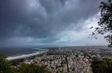 Ấn Độ chuẩn bị ứng phó khẩn cấp với bão nhiệt đới Fani cực mạnh