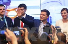 Tổng Bí thư, Chủ tịch nước gửi điện mừng Tổng thống Ukraine