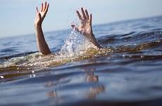 Quảng Bình: Ba học sinh nữ bị đuối nước khi tắm sông