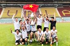 Hội nhập của người Việt qua Giải bóng đá Thượng viện Séc