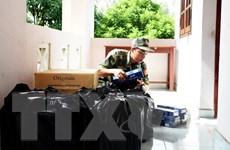 Bắt giữ hàng nghìn gói thuốc lá ngoại nhập lậu tại An Giang và Long An