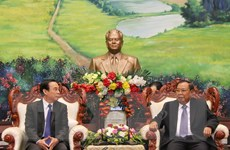 Tổng Bí thư, Chủ tịch Lào tiếp Đoàn Văn phòng TW Đảng CS Việt Nam