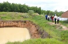 Trồng cây, xây dựng trên đất dự án cao tốc Bắc-Nam nhằm trục lợi