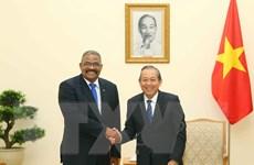 Phó Thủ tướng Trương Hòa Bình tiếp Chánh án Tòa án tối cao Cuba
