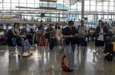 Trung Quốc: Lượng khách du lịch đến Hong Kong giảm mạnh