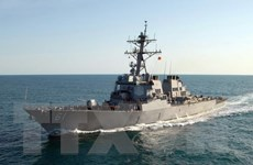 Tàu chiến Mỹ cập cảng Liban giữa lúc căng thẳng khu vực