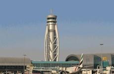 Hai chuyến bay đến UAE bị chuyển hướng do ngại máy bay không người lái