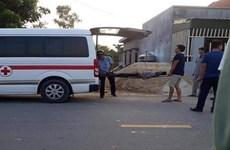 Xe trộn bêtông làm đứt dây điện cao thế khiến 2 công nhân bị bỏng