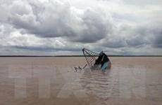 Nổ tàu cá ở Thanh Hóa khiến 8 người thương vong và mất tích