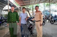 Cảnh sát giao thông Tây Ninh trao trả xe cho người bị mất trộm