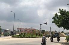 Bãi trữ cát khổng lồ không phép ngay cửa ngõ thành phố Quảng Ngãi