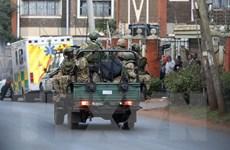 Nhiều cảnh sát ở Kenya bị thiệt mạng khi xe vướng phải mìn