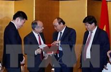 Thủ tướng Nguyễn Xuân Phúc tiếp Tổng Giám đốc Tập đoàn Softbank