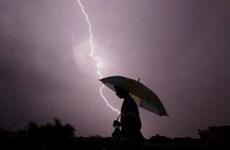 Kinh hoàng 150 người tử vong do sét đánh khi trời mưa tại Ấn Độ