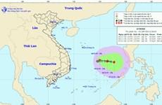 Áp thấp nhiệt đới gây mưa dông, gió giật cấp 8-9 ở Biển Đông
