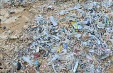 Khẩn trương xác định khối lượng, chủ mỏ nơi chôn rác thải ở Bình Phước