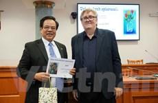 Đại từ điển Séc-Việt nhận Giải thưởng Văn học 2019 của Hội Nhà văn Séc