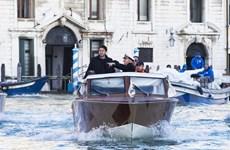 Italy: Thủy triều liên tục dâng cao nhấn chìm thành phố Venice