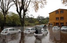Mưa lớn tại Pháp gây ngập lụt nghiêm trọng, 2 người thiệt mạng