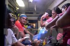 Số người tử vong, nhập viện tăng trong vụ ngộ độc rượu ở Philippines