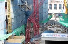 Sập cần trục tháp tại Hàn Quốc, khiến 3 người thương vong