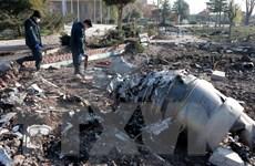 """Ngoại trưởng Iran phản đối """"chính trị hóa"""" vụ rơi máy bay Ukraine"""