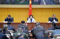 Phó Thủ tướng Trung Quốc đốc thúc điều trị cho bệnh nhân ở tâm dịch