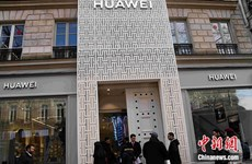 Huawei khai trương cửa hàng chiến lược đầu tiên tại Pháp