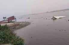 Nam Định: Lật phà trên sông Đáy, 6 người may mắn thoát nạn