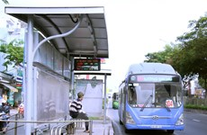 Dịch COVID-19: TP.HCM tạm ngưng nhiều tuyến xe buýt và giảm xe khách